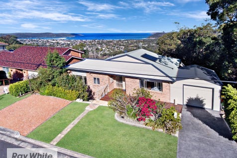 33 The Palisade, Umina Beach, 2257, Central Coast - House / SPECTACULAR OCEAN VIEWS IN EXCLUSIVE LOCATION! / Balcony / Carport: 1 / Open Spaces: 1 / Secure Parking / Air Conditioning / Floorboards / Toilets: 3 / $995,000