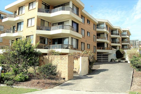 5/10 Marine Parade, The Entrance, 2261, Central Coast - Unit / Sundowner / Balcony / Courtyard / Garage: 1 / Secure Parking / Broadband Internet Available / Built-in Wardrobes / Intercom / $450,000