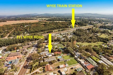 211 Wyee Road, Wyee, 2259, Central Coast - House / SELL SELL SELL Highly Motivated Vendors / Carport: 2 / Garage: 1 / Air Conditioning / Dishwasher / Reverse-cycle Air Conditioning / Split-system Heating / Workshop / $420,000
