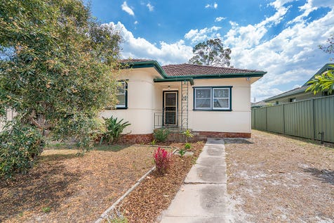 139 Blackwall Road, Woy Woy, 2256, Central Coast - House / Developers, Investors, Owners... This home works on all levels. / Garage: 1 / Secure Parking / Floorboards / P.O.A