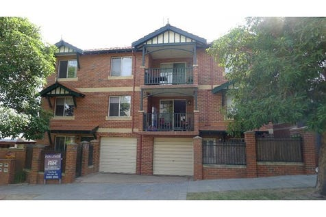 2/42 Bronte Street, East Perth, 6004, Perth City - Unit / Charming East Perth Residence / Air Conditioning / $465,000