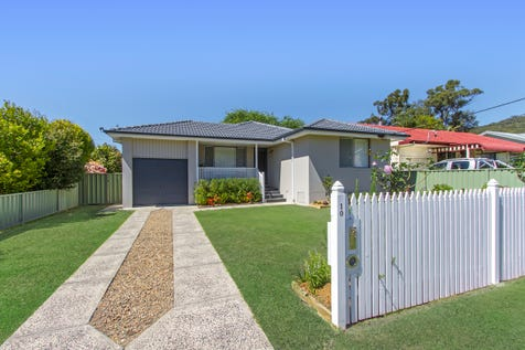10 Sunshine Drive, Point Clare, 2250, Central Coast - House / Stylishly renovated home plus separate office pod! / Garage: 1 / P.O.A