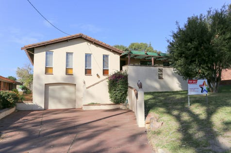 24 Wegner Drive, Esperance, 6450, East - House / What a Keeper! / Garage: 1 / Secure Parking / Air Conditioning / Toilets: 1 / $350,000