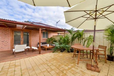 44b Tapestry Way, Umina Beach, 2257, Central Coast - Townhouse / Picture perfect family home / Garage: 1 / $640,000