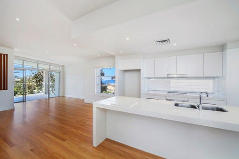 2/10 Grosvenor Road, Terrigal, 2260, Central Coast - Townhouse / Short Walk to Beach with Views / Garage: 2 / Air Conditioning / Alarm System / Built-in Wardrobes / Dishwasher / Intercom / Ensuite: 1 / P.O.A