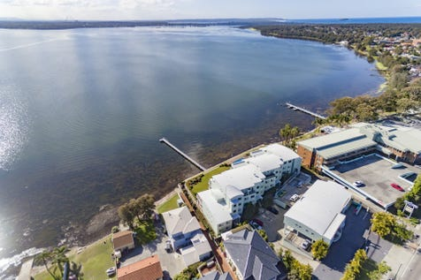 Unit 5/190-198 Main Road, Toukley, 2263, Central Coast - Unit / Premium Position In Waterfront Complex / Garage: 1 / $520,000