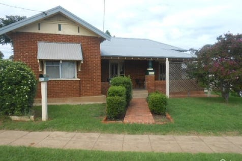 391 Clarinda Street, Parkes, 2870, Central Tablelands - House / OLD STYLE CHARM / Garage: 1 / Air Conditioning / Toilets: 1 / $200,000