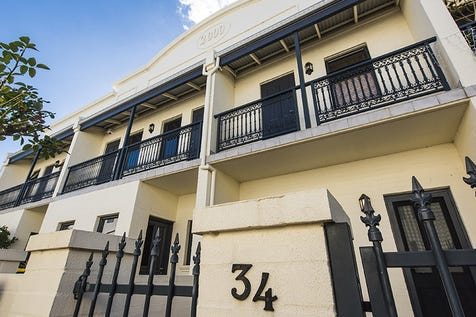 34 York Street, Subiaco, 6008, Perth City - Townhouse / Character Terrace Living! / Carport: 1 / $485,000