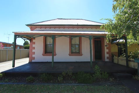 235 Lambert Street, Bathurst, 2795, Central Tablelands - House / CIRCA 1900's / Floorboards / Toilets: 1 / $419,000