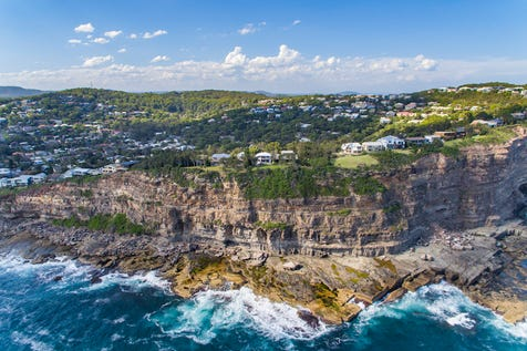 189 Del Monte Place, Copacabana, 2251, Central Coast - House / Dazzling oceanfront setting, premier dress-circle position / Garage: 2 / Secure Parking / Air Conditioning / Alarm System / Built-in Wardrobes / Floorboards / Study / P.O.A