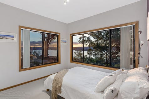 21 Marilyn Pde, Green Point, 2251, Central Coast - House / VIEWS VIEWS VIEWS! / Balcony / Deck / Outdoor Entertaining Area / Garage: 2 / Air Conditioning / $1,100,000