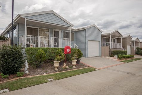 2 Saliena Avenue, Lake Munmorah, 2259, Central Coast - Villa / NOTHING TO SPEND-JUST MOVE IN! / Deck / Fully Fenced / Outdoor Entertaining Area / Shed / Swimming Pool - Inground / Tennis Court / Garage: 1 / Remote Garage / Secure Parking / Air Conditioning / Built-in Wardrobes / Dishwasher / Floorboards / Gym / Study / $362,000
