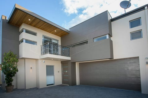 3/55 Lodesworth Road, Westminster, 6061, North East Perth - Townhouse / NEAR NEW - VERY STYLISH TOWNHOUSE / Balcony / Garage: 2 / Air Conditioning / Alarm System / Toilets: 4 / P.O.A
