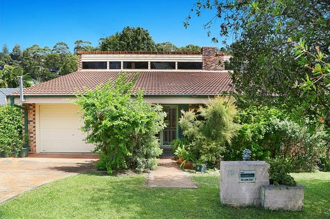 25 Casino Street, Terrigal, 2260, Central Coast - House / SOLD IN TWO DAYS! / Balcony / Garage: 1 / Air Conditioning / Toilets: 4 / $650,000