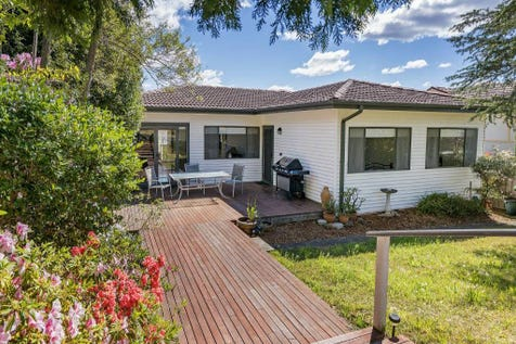 19 Joyce Avenue, Wyoming, 2250, Central Coast - House / Tidy 4 Bedroom, 2 Living Area Home. / $565,000