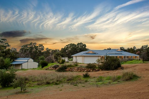 19 Andalusian Retreat, Brigadoon, 6069, North East Perth - House / YOUR COUNTRY STYLE HAVEN! HAS NOW SOLD!!!!! / Garage: 2 / Open Spaces: 4 / Air Conditioning / Built-in Wardrobes / Study / Ensuite: 1 / Toilets: 2 / P.O.A