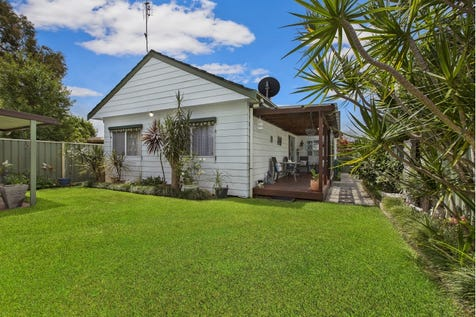 27 Boronia  Avenue, Woy Woy, 2256, Central Coast - House / GREAT FAMILY HOME- THE SURPRISE PACKAGE / Deck / Fully Fenced / Outdoor Entertaining Area / Shed / Garage: 1 / Open Fireplace / Ensuite: 1 / $630,000