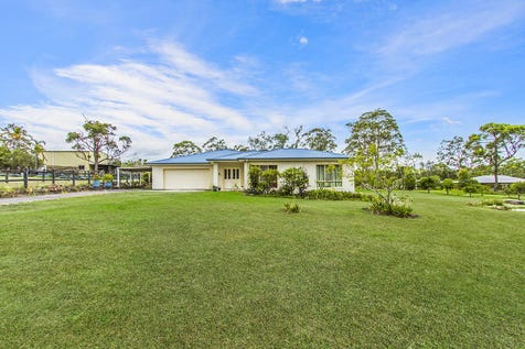 360 Bruce Crescent, Wallarah, 2259, Central Coast - Acreage/semi-rural / RURAL LIFESTYLE CLOSE TO TOWN / Garage: 3 / Air Conditioning / Dishwasher / Open Fireplace / $1,299,000