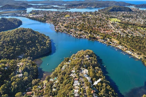 43 Horsfield Road, Horsfield Bay, 2256, Central Coast - House / Perfect coastal getaway embraced by water views / Balcony / Deck / Carport: 1 / Built-in Wardrobes / Dishwasher / $775,000