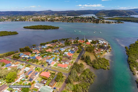 15 Sirius Street, St Huberts Island, 2257, Central Coast - House / Low Maintenance Island Lifestyle... Perfect / Garage: 2 / Secure Parking / Air Conditioning / Toilets: 1 / $745,000