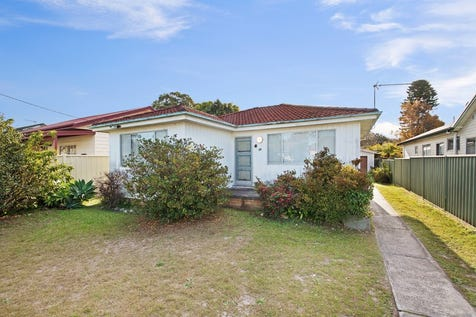 29 Cogra Road, Woy Woy, 2256, Central Coast - House / AN IDEAL STEPPING STONE OR INVESTMENT OPPORTUNITY / Garage: 1 / $590,000