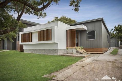 25 Yearnin Street, Gwandalan, 2259, Central Coast - House / Simply Stunning / Garage: 2 / $550,000