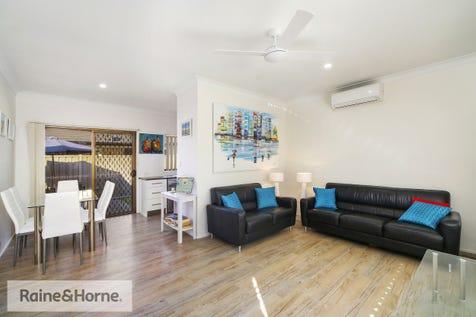 5B Morris Street, Umina Beach, 2257, Central Coast - House / HOLIDAY MAKER'S, VILLA BUYERS & INVESTORS! / Garage: 1 / $729,000