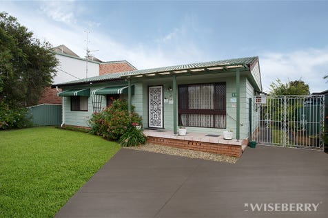 49 Spring Valley Avenue, Gorokan, 2263, Central Coast - House / DON'T LET THIS ONE GET AWAY! / Garage: 2 / $430,000