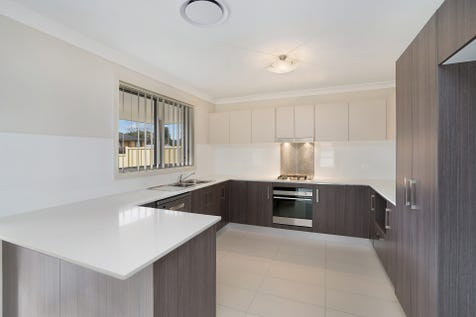 1/176 Bourke Road, Umina Beach, 2257, Central Coast - Villa / Smart Design, Central Location! / Garage: 2 / $690,000