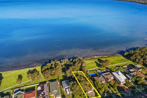 287 Lakedge Avenue, Berkeley Vale, 2261, Central Coast - House / Dream, Design and Develop the Ultimate Waterfront Lifestyle / Carport: 1 / Garage: 2 / $600,000