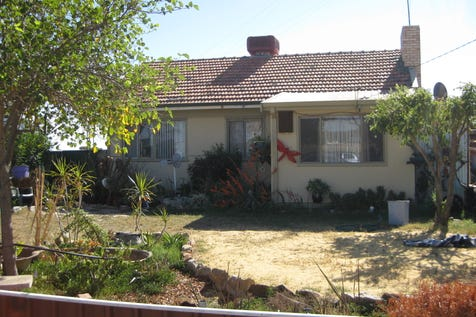 15 Olympic Ave, Cunderdin, 6407, East - House / *** BIG SHED WITH 2 DOOR OPENING *** / Garage: 1 / $149,000
