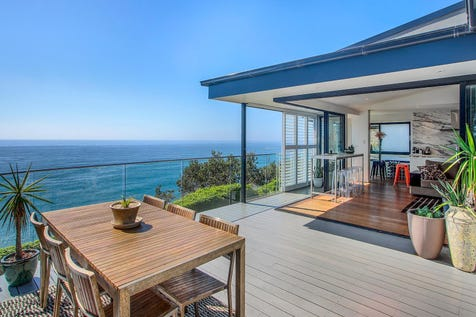 514 Barrenjoey Road, Avalon Beach, 2107, Northern Beaches - House / World class ocean views with charm and distinction / Carport: 2 / $3,400,000