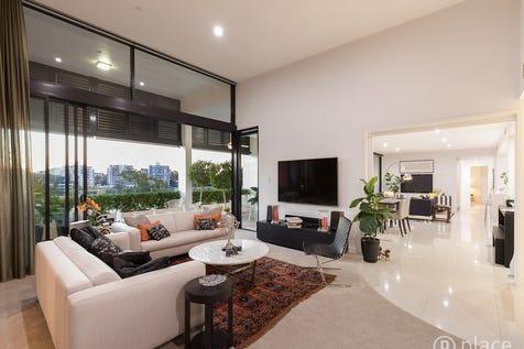 330/10 Pidgeon Close, West End, 4101, Inner Brisbane - Apartment / 332m2 Prestigious Penthouse With River Views / Garage: 4 / $2,300,000