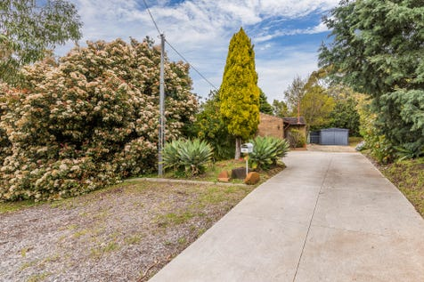 11 Saw Drive, Darlington, 6070, North East Perth - House / Perfect Starter Home / Carport: 1 / Toilets: 1 / $465,000