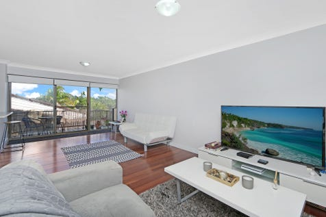 7/2 Mini Street, The Entrance North, 2261, Central Coast - Apartment / BEACHSIDE RESORT LIVING - HARD WORKS DONE! / Balcony / Swimming Pool - Inground / Garage: 1 / Secure Parking / Built-in Wardrobes / Intercom / $390,000