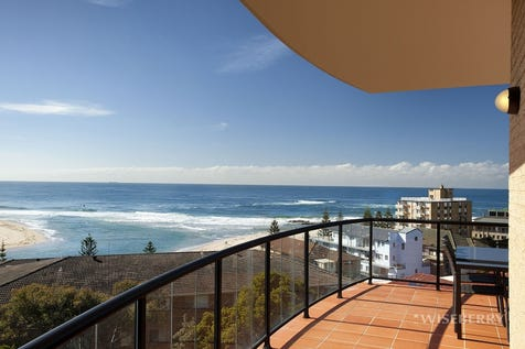 17/37-39 Ocean Parade, The Entrance, 2261, Central Coast - Apartment / Privacy and Ocean View in Coastal Apartment / Garage: 1 / $690,000