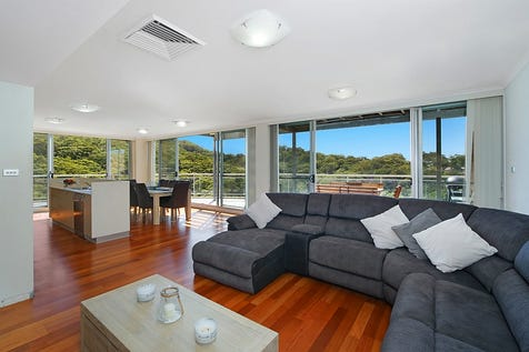 183/80 John Whiteway Drive, Gosford, 2250, Central Coast - Unit / Penthouse Living at The Sanctuary / Balcony / Swimming Pool - Inground / Garage: 2 / Secure Parking / Air Conditioning / Built-in Wardrobes / Floorboards / Toilets: 3 / $550,000