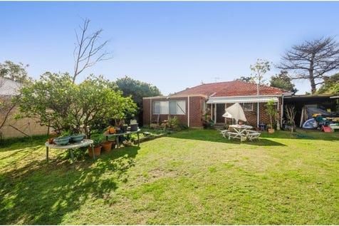 219 Nollamara Avenue, Nollamara, 6061, North East Perth - House / 2 bedroom house / Shed / Carport: 3 / Secure Parking / Built-in Wardrobes / Rumpus Room / Living Areas: 2 / $549,000