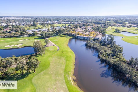 32 Lakefront Circle, The Vines, 6069, North East Perth - House / Stunning Golf Course Location / Garage: 1 / Air Conditioning / Toilets: 2 / $339,000