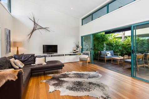 11/155-157 Darley Street West, Mona Vale, 2103, Northern Beaches - Townhouse / Style & Class, Contemporary Townhome Living – Walk to Village, Transport & Beach / Garage: 2 / P.O.A