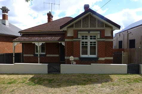 155 Durham Street, Bathurst, 2795, Central Tablelands - House / Affordable Federation Home / Carport: 2 / Toilets: 2 / P.O.A