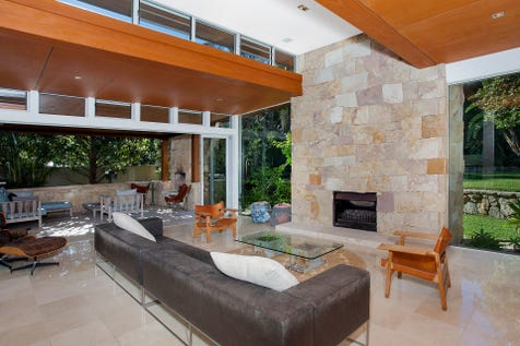 18 Harley Road, Avalon Beach, 2107, Northern Beaches - House / Stunning Contemporary North Avalon Residence / Garage: 2 / $3,900,000