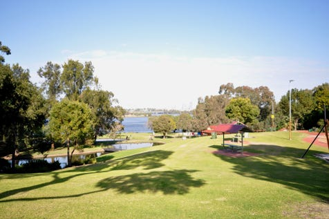 38/2 Bardon Place, Maylands, 6051, North East Perth - Apartment / OWNER SAYS SELL!! / Balcony / Swimming Pool - Inground / Carport: 1 / Air Conditioning / $229,000