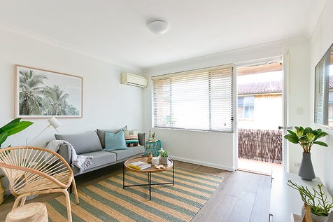 3/6 DARLEY STREET, Mona Vale, 2103, Northern Beaches - Apartment / Lifestyle & Convenience / Balcony / Garage: 2 / $700,000