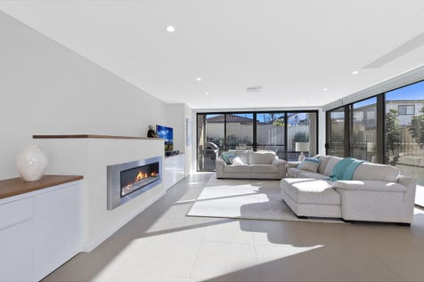 2/23 Bay Road, The Entrance, 2261, Central Coast - Apartment / Luxurious Apartment with Massive Outdoor Living Space / Garage: 2 / $80,000