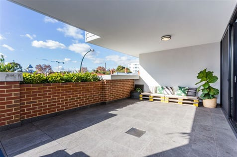 4/19 Lindsay Street, Perth, 6000, Perth City - Apartment / Under Offer, Another Needed! / Garage: 1 / $595,000