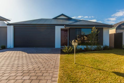 33 Laylock Avenue, Aveley, 6069, North East Perth - House / 4 x 2 With A View! / Garage: 2 / $489,000