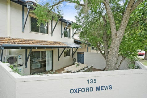 9/135 Carr Street, West Perth, 6005, Perth City - Townhouse / So…SO…LOVELY / Carport: 1 / $449,000