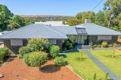 12 Tamplin Street, Northam, 6401, East - House / Spread Out or Subdivide / Courtyard / Deck / Fully Fenced / Outdoor Entertaining Area / Carport: 1 / Garage: 2 / Remote Garage / Secure Parking / Air Conditioning / Study / Workshop / Living Areas: 3 / Toilets: 2 / $429,000