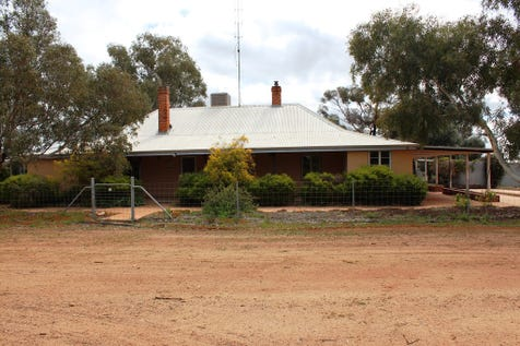 73 Jennacubbine East Rd, Jennacubbine via, Northam, 6401 - Other / THIS IS A TREMENDOUS HOBBY FARM IN A TERRIFIC LOCATION / Toilets: 2 / $645,000